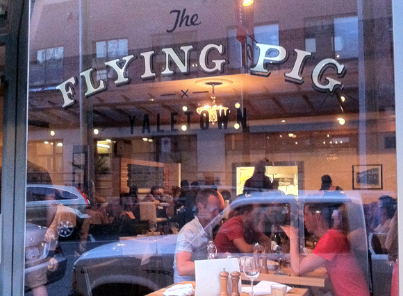 Flying Pig Cafe Hours